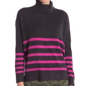 Vince Camuto Womens Small Sweater Black Pink Striped Turtleneck Fluffy